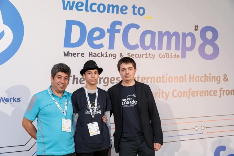 Alexandru Talnaci, alaturi de tatal lui si de Andrei Avadanei, la DefCamp 2017